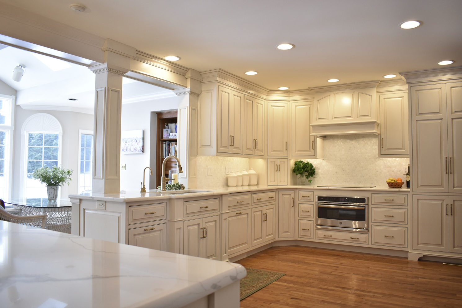 RM Kitchens Traditional Kitchen Remodel