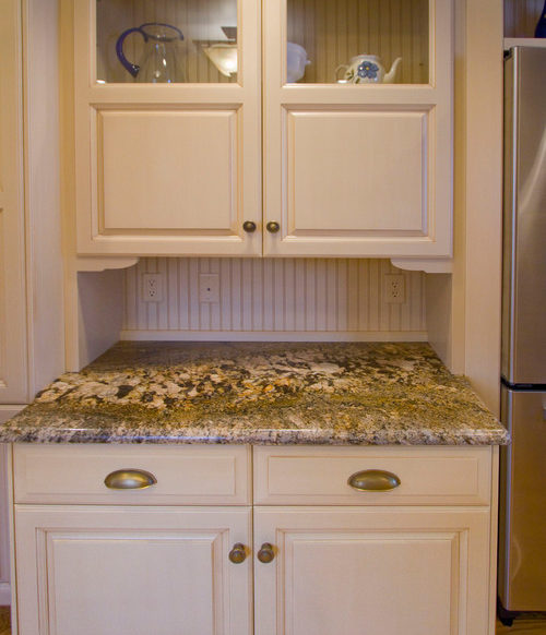 Transitional kitchen remodel in Camp Hill, PA