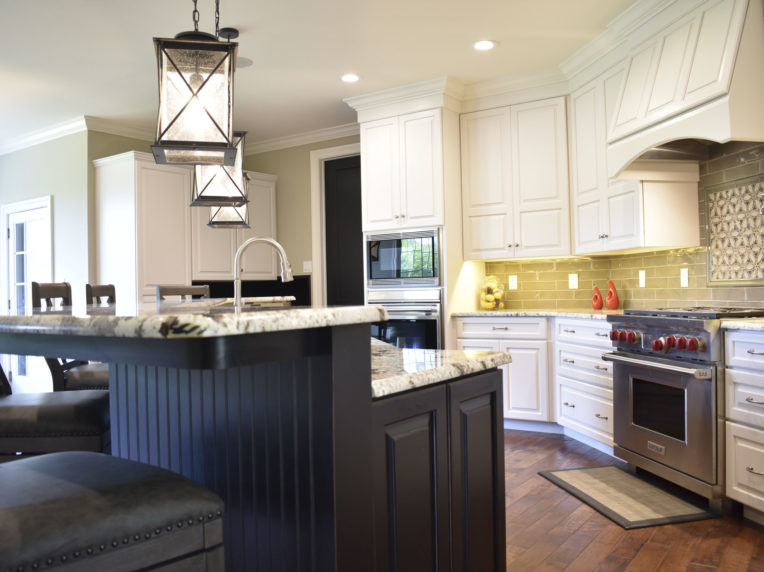 RM Kitchens Custom Kitchen Cabinet Installers