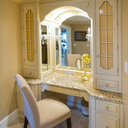 RM Kitchens White Custom Bathroom Vanity
